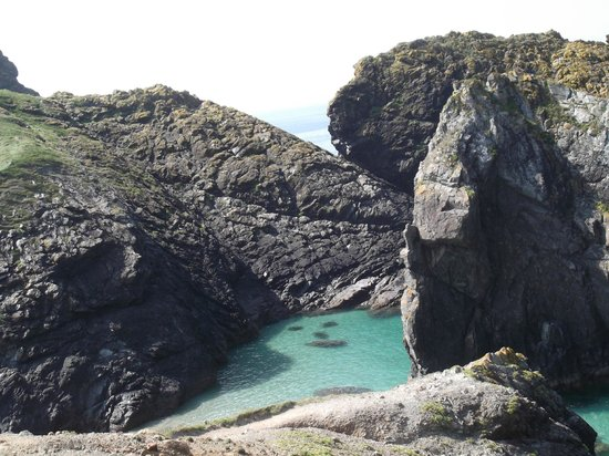 The Lizard and Kynance Cove: KYNANCE COVE.......AWESOME
