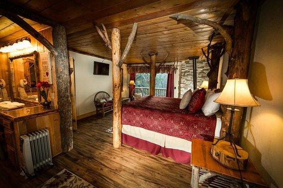 Photo of Arrowhead Pine Rose Cabins Twin Peaks