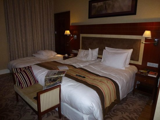Kempinski Hotel Cathedral Square: Luxury double used by 3 adults