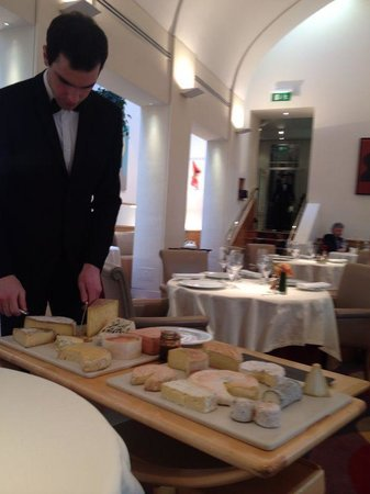 Restaurant Patrick Guilbaud: Chesse Board selection