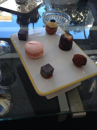 Restaurant Patrick Guilbaud: Petit Fours