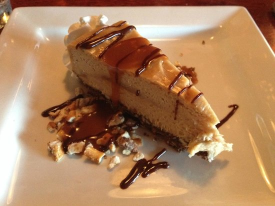 Ports Cafe: Peanut Butter Pretzel Cheesecake