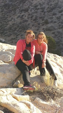 Grand Canyon by One Day Tours : Besties enjoying the tour and the sun!