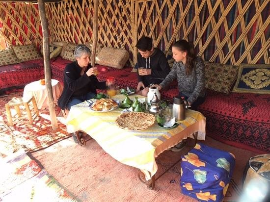 Etoile Fint Auberge Tissili: petit dejeuner