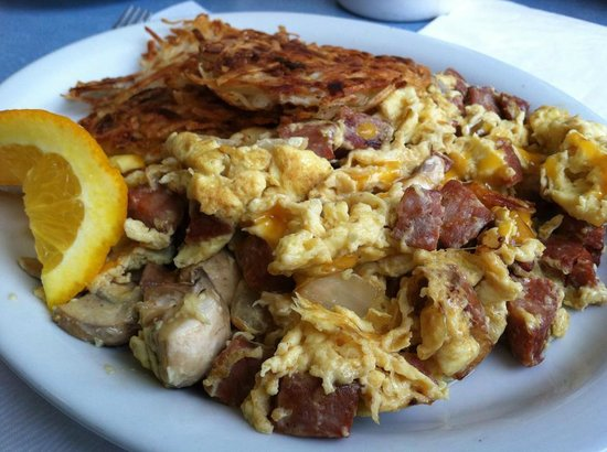 Holly's Lighthouse Cafe : Linguica Scramble