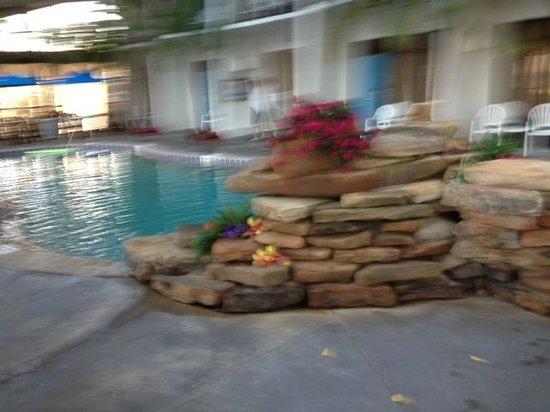 Sun Viking Lodge: piscina interior climatizada