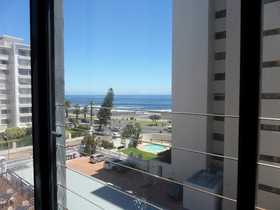 Premier Hotel Cape Town: semi-sea-view