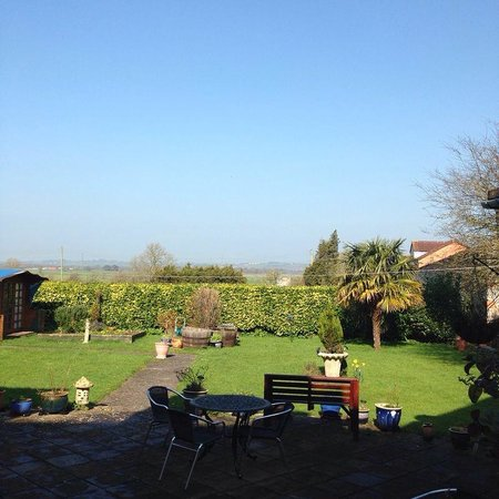 Meare Manor: Blue skies and lovely views