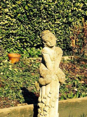 Meare Manor: Garden cherub