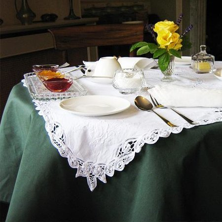 The Old Rectory B&B: Breakfast time