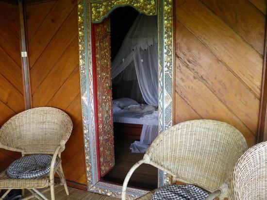 Puri Lumbung Cottages: la chambre