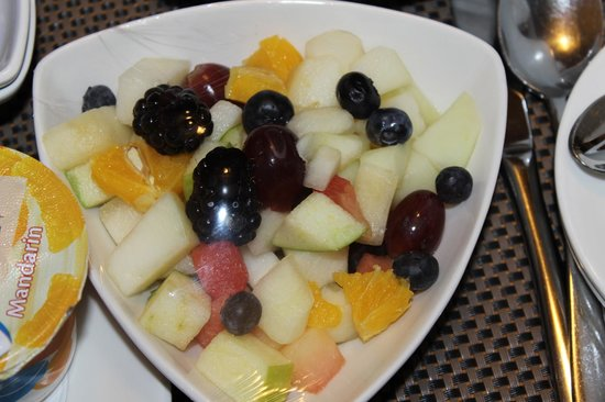 Park Plaza County Hall London : Breakfast Fruit Salad