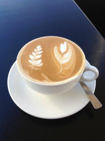 Eruption Cafe: Latte Art
