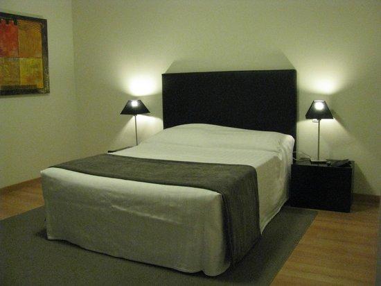 Real Marina Residence: Una camera