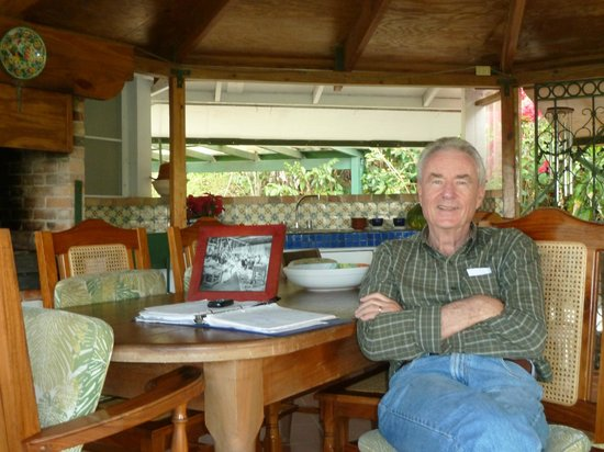 Hacienda Pomarrosa: Kurt during our tour