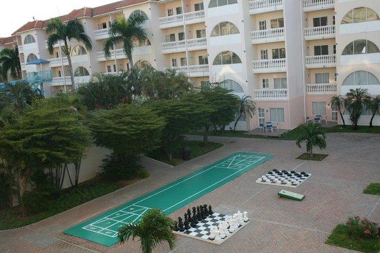 Tropicana Aruba Resort & Casino: View from balcony