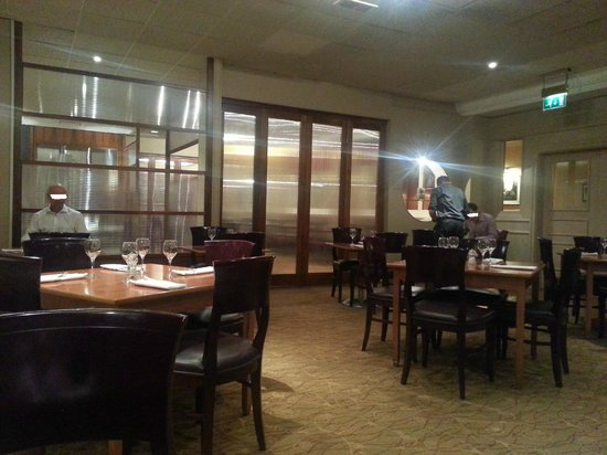Holiday Inn London - Elstree : Restaurant quite comfortable