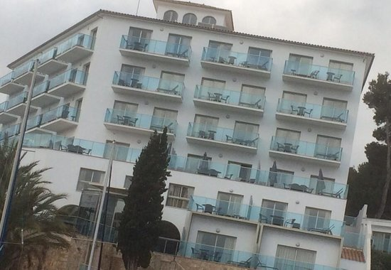 Aparthotel Porto Drach : Hotel from the front