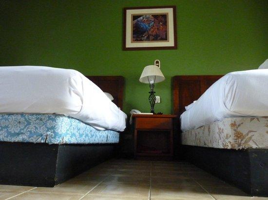 Tilajari Hotel Resort: Matresses showing signs of wear and tear