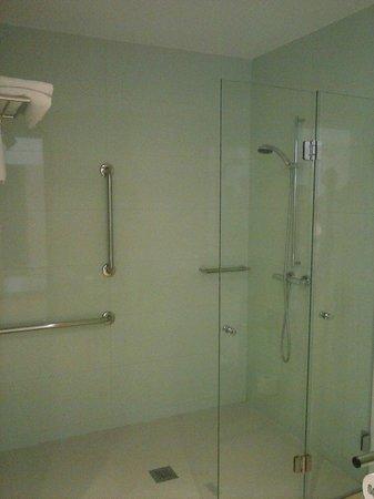 RH Bayren Hotel & Spa: Modern and clean