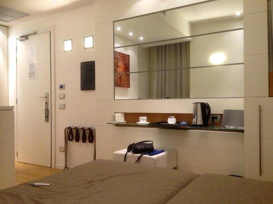 White Hotel : Room 107
