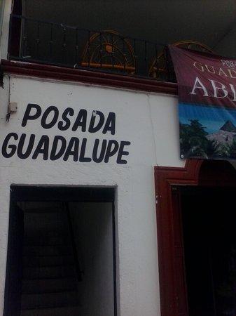 Posada Guadalupe: entrance