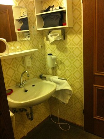Nordsee Hotel: Waschbecken im Zimmer
