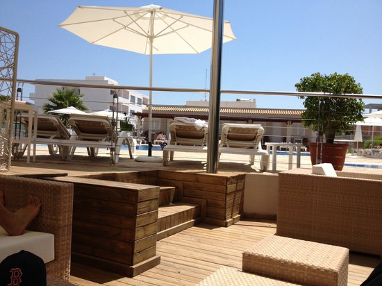 Hotel Tahiti : Bar piscina