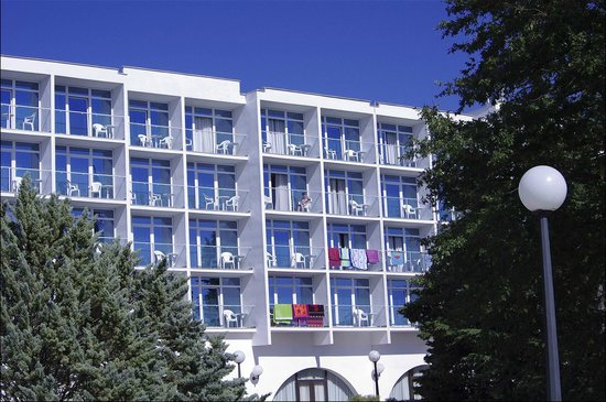 Hotel Beli Kamik: KAMIK I - main facade