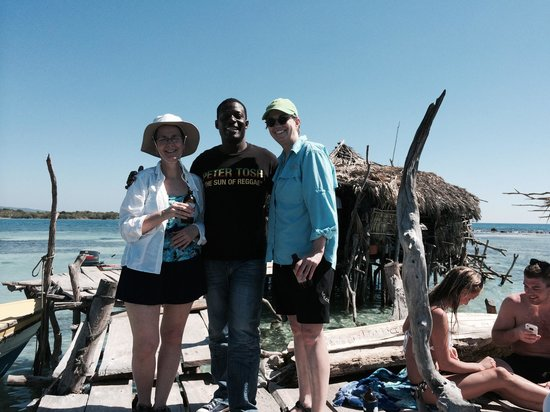 Everald's Jamaica Private Day Tours: Pelican Bar