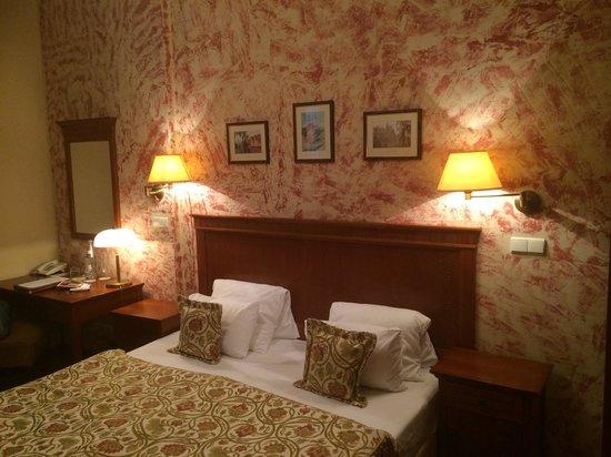 Hotel Majestic Plaza Prague: Улучшеный номер