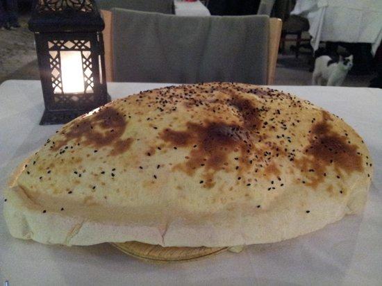 Khorasani Restaurant: Lavash bread