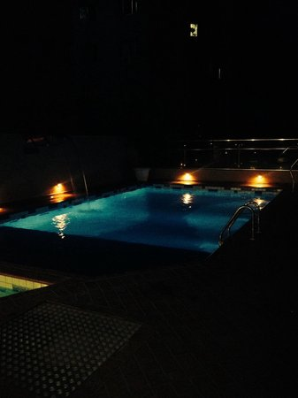 Del Rey Hotel : Piscina
