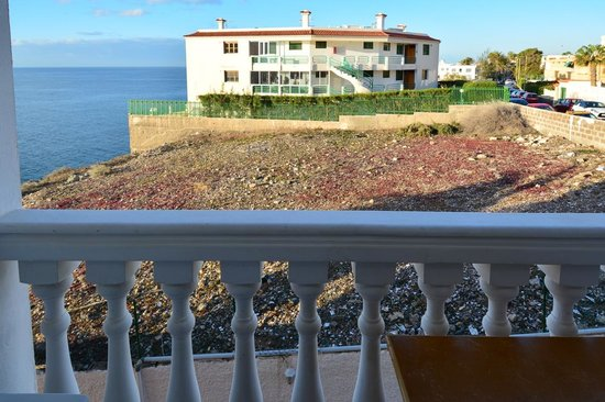 Apartamentos Flipper: Sea view? Oh, yeah: on the far left!