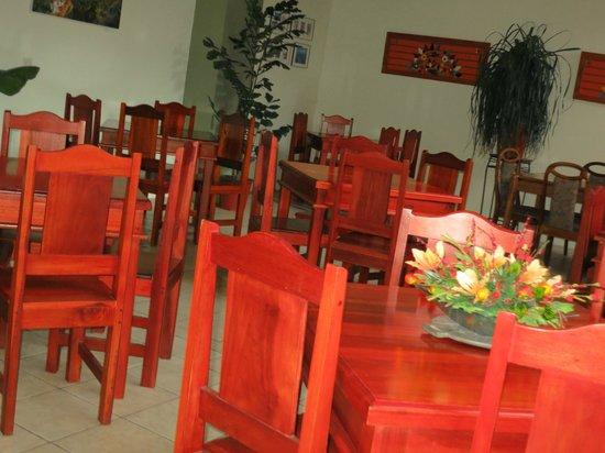 Hotel Las Colinas : The Dining area