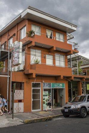 Hotel Las Colinas: Street View