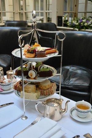 The Milestone Hotel: Afternoon tea