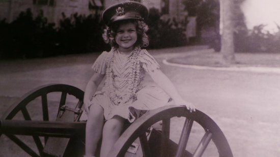 US Army Museum of Hawaii : Shirley Temple a special young lady