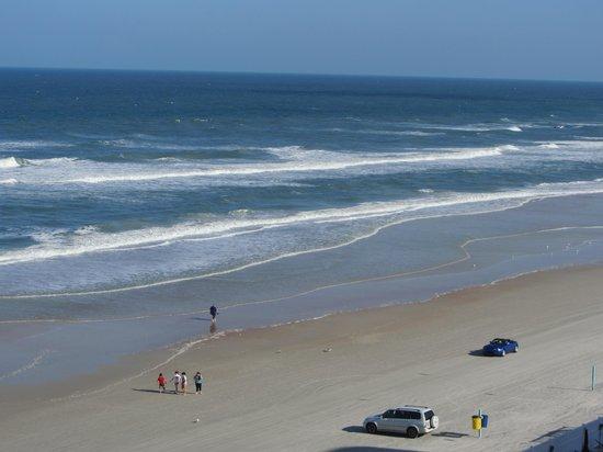 Hampton Inn Daytona Beach/Beachfront: View from balcony