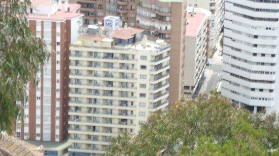 Hotel MS Maestranza: Hotel visto da fortaleza Alcazaba de Malaga