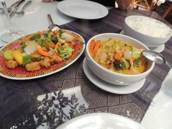 Simply Thai: Combination Plate for 2