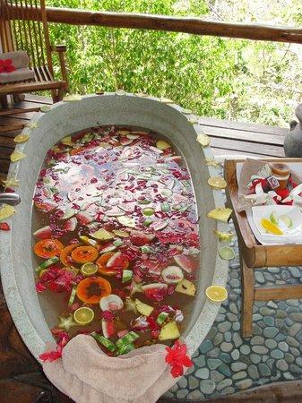 Los Altos de Eros: fresh fruit bath