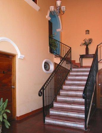 Casa San Francisco: stairway