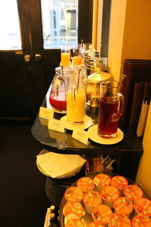 Hotel d'Inghilterra: Breakfast