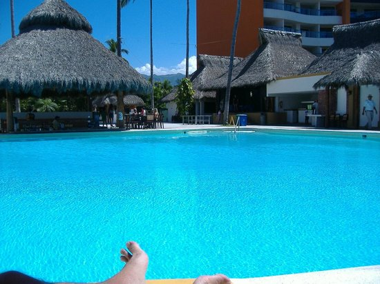 Plaza Pelicanos Club Beach Resort: Just one of many great spots!