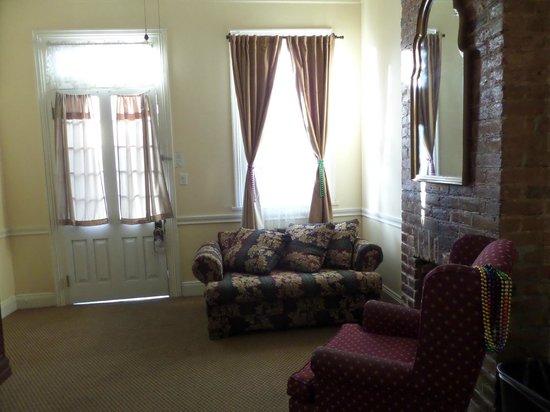 Hotel St. Pierre : Living room