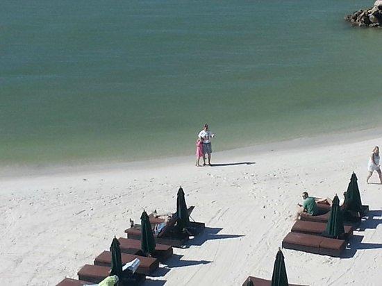 DreamView Beachfront Hotel & Resort : beach