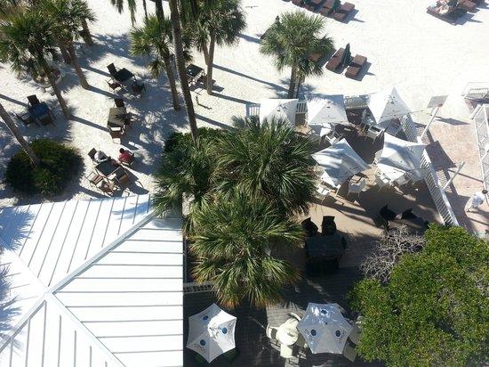 DreamView Beachfront Hotel & Resort: great beach front restaurant