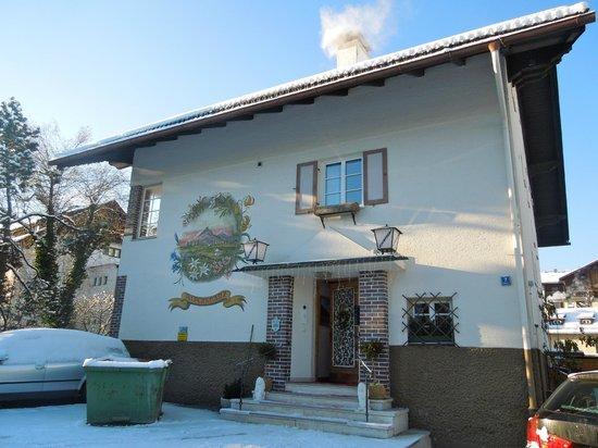 Gastehaus Alpenkranz: Hotel exterior