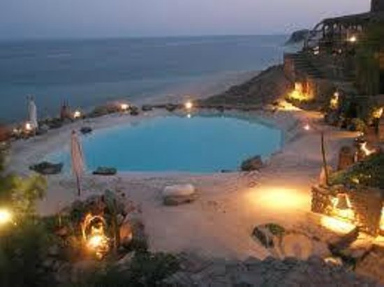 Castle Zaman: Swimming pool at sunset time